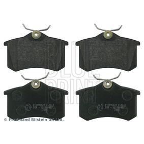 Bremsbelagsatz, Scheibenbremse Breite: 52,9mm, Dicke/Stärke 1: 15mm, 14,9mm mit OEM-Nummer 1H0 698 451 H