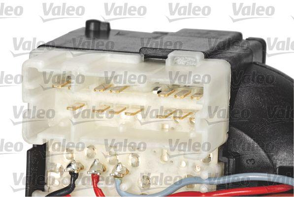 Steering Column Switch VALEO 251690 expert knowledge