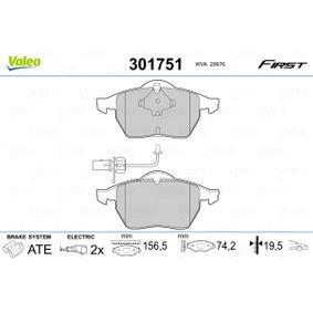 Kit pastiglie freno, Freno a disco Largh.: 156,5mm, Alt.: 74,2mm, Spessore: 19,5mm con OEM Numero 4B0698151AB