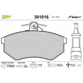 Bremsbelagsatz, Scheibenbremse Breite: 119mm, Höhe: 69,5mm, Dicke/Stärke: 15,9mm mit OEM-Nummer 1HM698151A