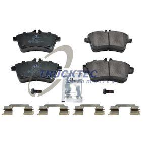 Brake Pad Set, disc brake with OEM Number A169 420 01 20