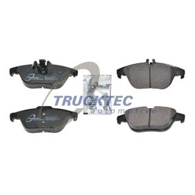 2014 Mercedes W204 C 200 CDI 2.2 (204.001) Brake Pad Set, disc brake 02.35.234