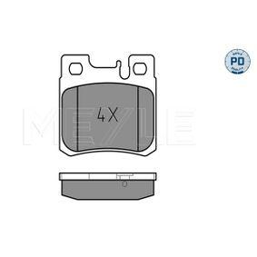 Bremsbelagsatz, Scheibenbremse Breite: 61,7mm, Höhe: 58,2mm, Dicke/Stärke: 15mm mit OEM-Nummer A005 420 1720