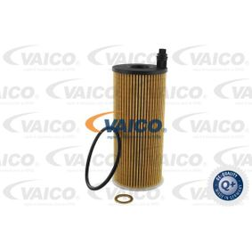 2013 BMW F20 118d 2.0 Oil Filter V20-2062