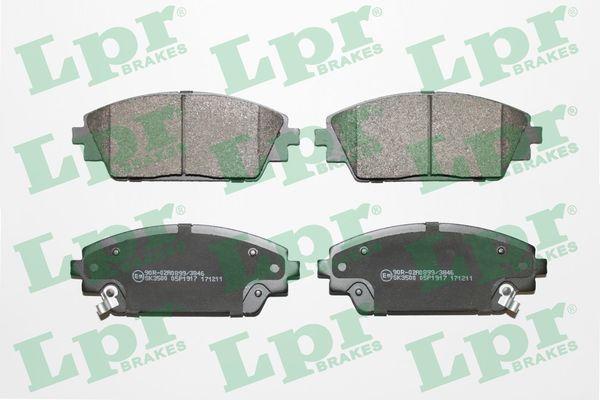 LPR  05P1917 Brake Pad Set, disc brake Width: 141,8mm, Height: 55,8mm, Thickness: 15,8mm