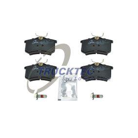 Bremsbelagsatz, Scheibenbremse mit OEM-Nummer 1J0 698 451F