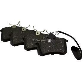 Bremsbelagsatz, Scheibenbremse Dicke/Stärke: 17,2mm mit OEM-Nummer 8D0698451B