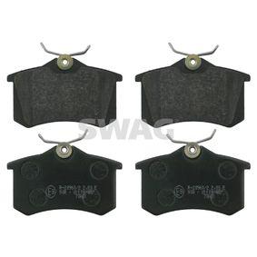 Bremsbelagsatz, Scheibenbremse Breite: 52,9mm, Dicke/Stärke 1: 15mm mit OEM-Nummer JZW 698 451 B