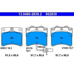Motorhalter für VW TRANSPORTER IV Bus (70XB, 70XC, 7DB, 7DW) 2.5 TDI 102 PS ab Baujahr 09.1995 ATE Bremsbelagsatz, Scheibenbremse (13.0460-2839.2) für