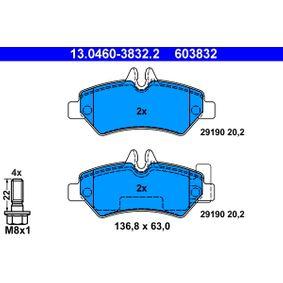 Bremsbelagsatz, Scheibenbremse 13.0460-3832.2 CRAFTER 30-50 Kasten (2E_) 2.5 TDI Bj 2009
