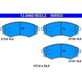 Bremsbelagsatz, Scheibenbremse Breite: 137,0mm, Höhe: 54,5mm, Dicke/Stärke: 16,8mm mit OEM-Nummer 5810138A00