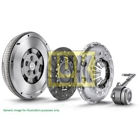 Clutch Kit with OEM Number A646 030 08 05