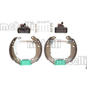 Bremsbackensatz Breite: 32mm mit OEM-Nummer 4242 12