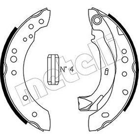 Bremsbackensatz Breite: 39mm mit OEM-Nummer 4242 01
