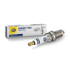 HELLA Запалителна свещ 101000041AC за VW, AUDI, SKODA, SEAT, BENTLEY купете