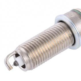Spark plug BOSCH (0 242 135 509) for MERCEDES-BENZ E-Class Prices
