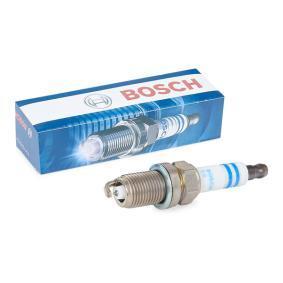 Запалителна свещ BOSCH Art.No - 0 242 245 558 OEM: 2240127N66 за NISSAN, INFINITI купете