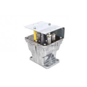 Batterierelais BOSCH Art.No - 0 333 301 010 OEM: A0005427219 für MERCEDES-BENZ kaufen