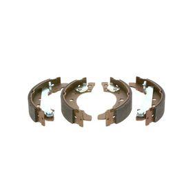 Bremsbackensatz BOSCH Art.No - 0 986 487 002 OEM: 867609527 für VW, AUDI, SKODA, SEAT, VAUXHALL kaufen