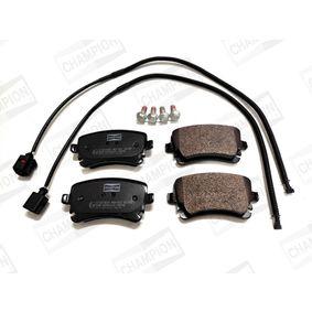 Bremsbelagsatz, Scheibenbremse CHAMPION Art.No - 573219CH OEM: 4F0698451C für VW, AUDI, SKODA, SEAT kaufen