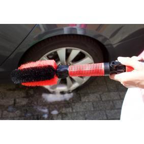 PINGI Spazzola per la pulizia degli interni auto PBS-V2 in offerta