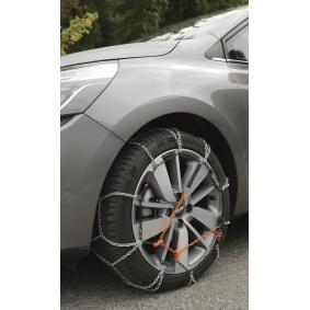 117 Snow chains for vehicles