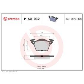 Bremsbelagsatz, Scheibenbremse BREMBO Art.No - P 50 032 OEM: A0004214210 für MERCEDES-BENZ kaufen