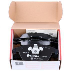 BREMBO P 85 075 Kit de plaquettes de frein, frein à disque OEM - 8J0698151 AUDI, PORSCHE, SEAT, SKODA, VW, VAG, METELLI, OPTIMAL, A.B.S., BRINK, KAWE, OEMparts à bon prix
