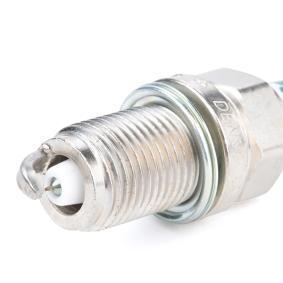DENSO IK22 Spark Plug OEM - 8670058 VOLVO cheaply