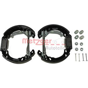 Drum brakes set MG 828V METZGER