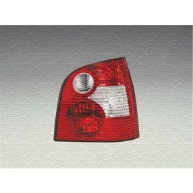 MAGNETI MARELLI Lampenträger, Heckleuchte 714098290505