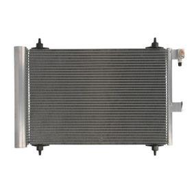 Kondensator, Klimaanlage THERMOTEC Art.No - KTT110009 OEM: 6455Y9 für FIAT, PEUGEOT, CITROЁN, VOLVO, PIAGGIO kaufen