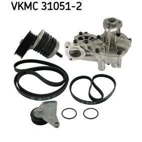 Wasserpumpe + Keilrippenriemensatz SKF Art.No - VKMC 31051-2 OEM: 037121010C für VW, AUDI, FORD, SKODA, SEAT kaufen