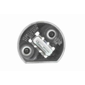 VEMO Fog light bulb (V99-84-0012)