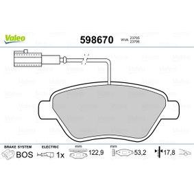 Bremsbelagsatz, Scheibenbremse VALEO Art.No - 598670 OEM: 71770118 für FIAT, ALFA ROMEO, LANCIA kaufen