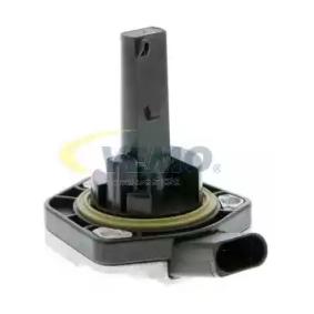 Датчик, ниво на маслото в двигателя V10-72-1097-1 VEMO