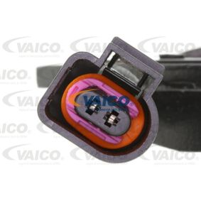 Klinovy remen V10-8172-1 VAICO