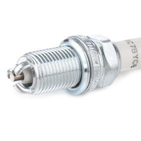 CHAMPION Запалителна свещ OE077/T10