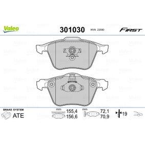 Bremsbelagsatz, Scheibenbremse VALEO Art.No - 301030 OEM: 274285 für AUDI, VOLVO, SATURN kaufen