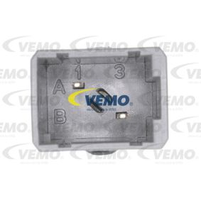 Schalter, Kupplungsbetätigung (GRA) V46-73-0022 VEMO