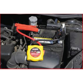 KS TOOLS Túlfeszültségvédő berendezés, akkumulátor autókhoz - olcsón
