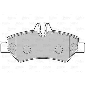 VALEO Bremsbelagsatz, Scheibenbremse 2E0698451 für VW, MERCEDES-BENZ, AUDI, SKODA, SEAT bestellen