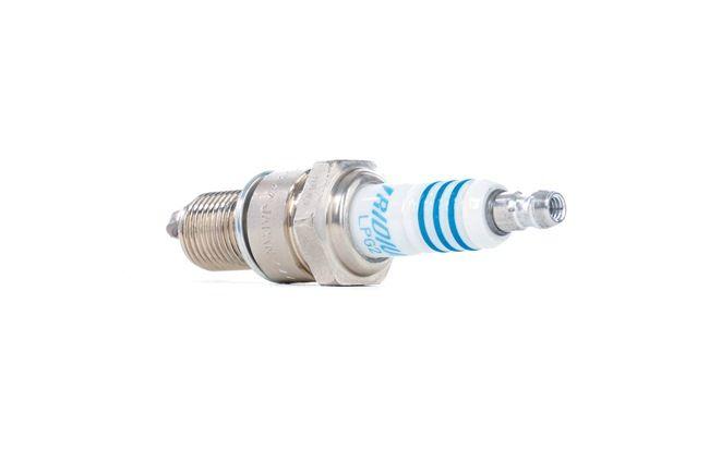 Запалителна свещ: NGK LPG2