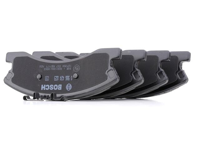 Bremsbelagsatz, Scheibenbremse Breite: 157,7mm, Höhe: 60,5mm, Dicke/Stärke: 19,3mm mit OEM-Nummer 5093260AA