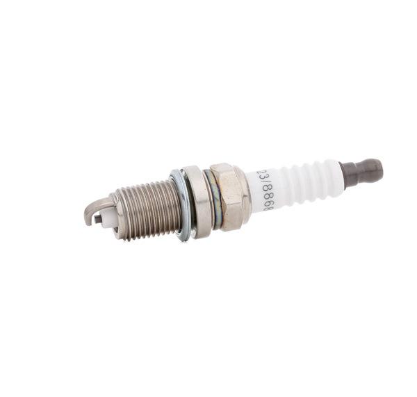 Spark Plug Electrode Gap: 0,9mm with OEM Number 101 905 601F