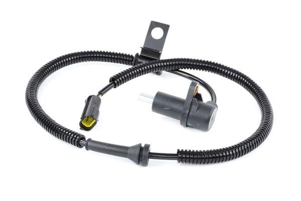 ABS sensor STARK 13657672 Front Axle Left
