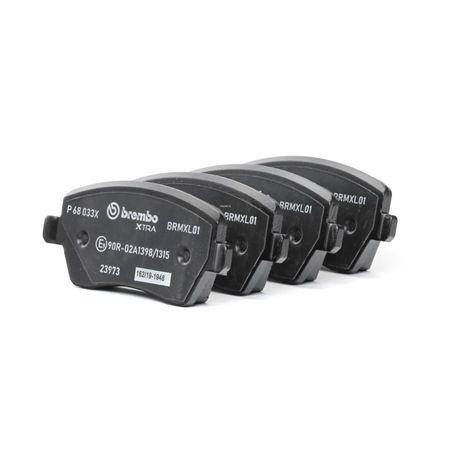 Brake Pad Set, disc brake P 68 033X Clio 4 (BH_) 1.2 TCe 120 MY 2018