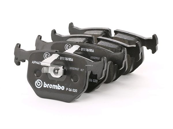 OEM Brake Pad Set, disc brake BREMBO 7427D683 for LAND ROVER