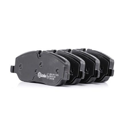OEM Brake Pad Set, disc brake BREMBO 8202D1098 for LAND ROVER