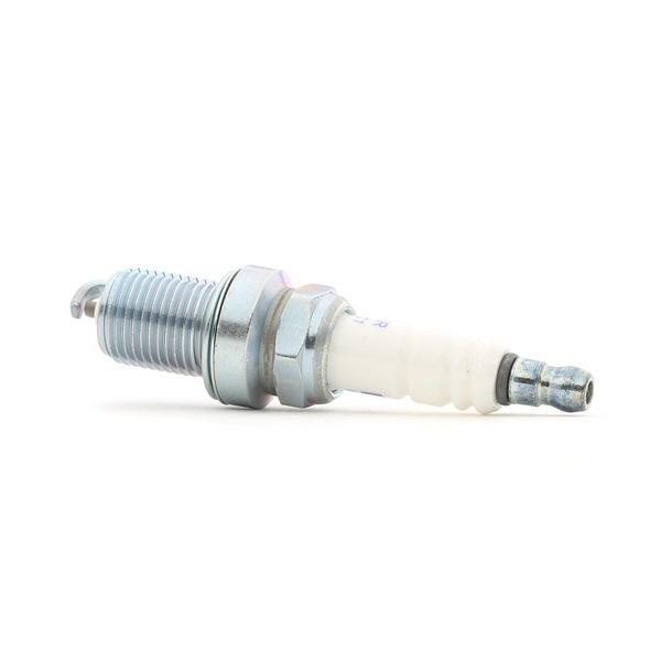 Spark Plug Electrode Gap: 0,7mm with OEM Number 77 00 273 462